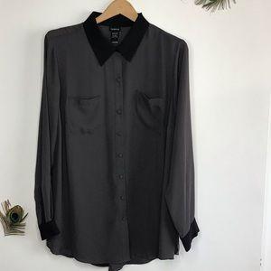 torrid size 1x button down gray blouse